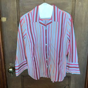 Facconable blouse striped